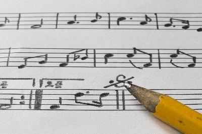Cómo organizar una banda de música en preescolar | eHow en Español