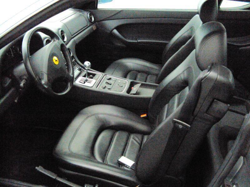 FERRARI 456 M GT  front internal details