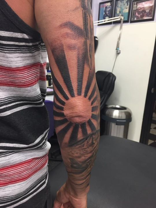 Sun Elbow Tattoo : elbow, tattoo, Olio:, Elbow, Tattoo, Tropical, 20170823, Tattoos,, Shoulder, Tattoo,, Tattoos