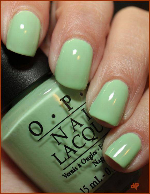 Green #Nails #manicure | Nails | Pinterest | Sencillo, Bonitas y ...
