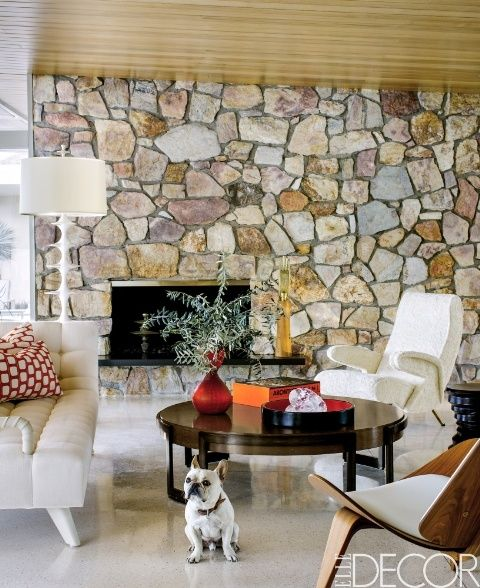 House Tour A Palm Springs Home That Recalls The Glamour Of Old Hollywood Mid Century Modern Living Room Design Mid Century Modern Living Mid Century Modern Living Room