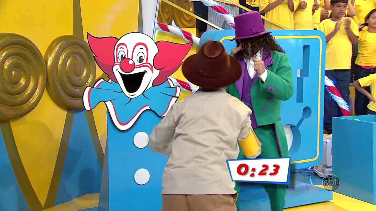 """Programa Bozo - Crianças brincam na prova do """"Bozo Tesouro"""""""