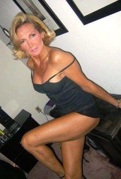 milf Sexy gray haired mature