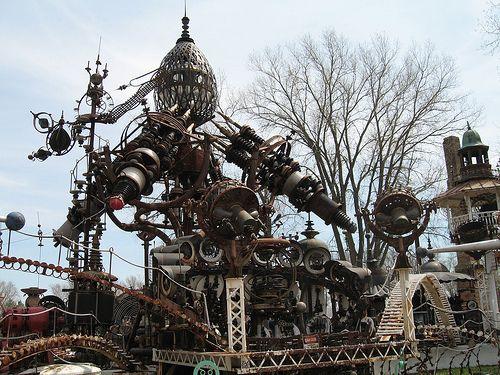 Dr Evermor S Forevertron Metal Sculpture Recycled Art Sculpture Park