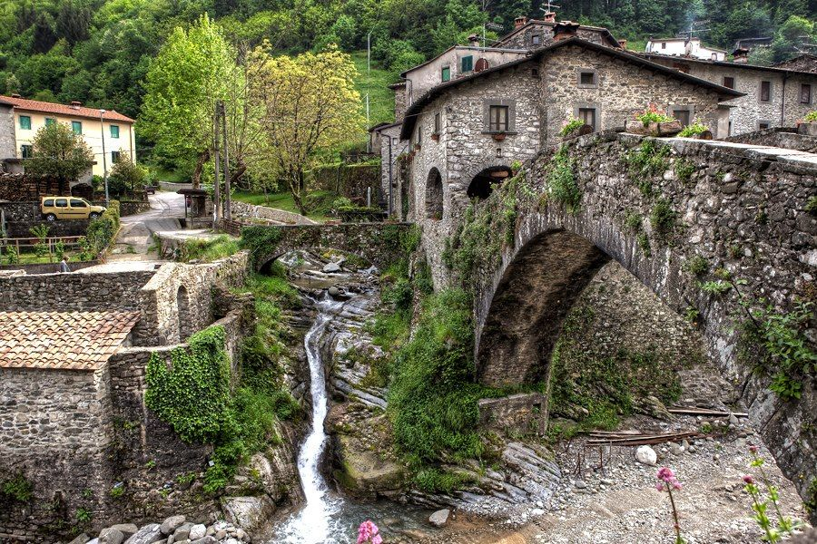 Devil's Bridge in Tuscany