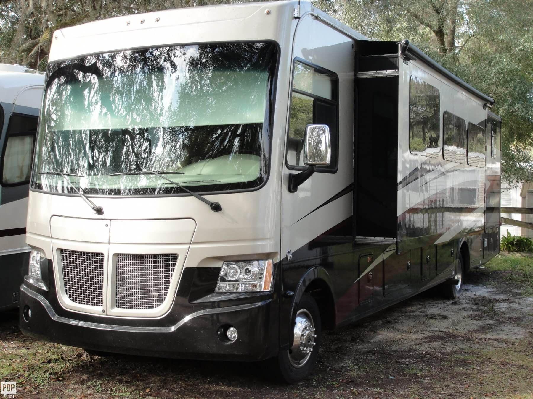 2015 coachman mirada 35ls low miles original owner