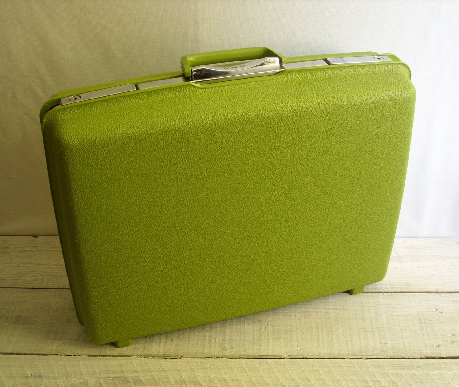 Vintage Samsonite Suitcase ~ Hard Plastic Medium Size Travel ...