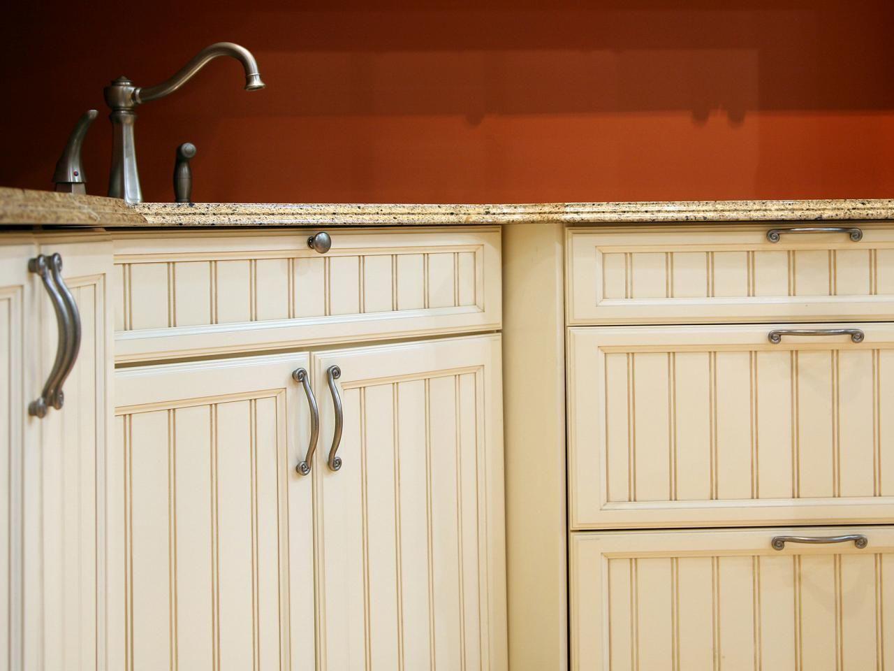 Kitchen Cabinet Door Handles Knobs Rustic Kitchen Cabinets Photo