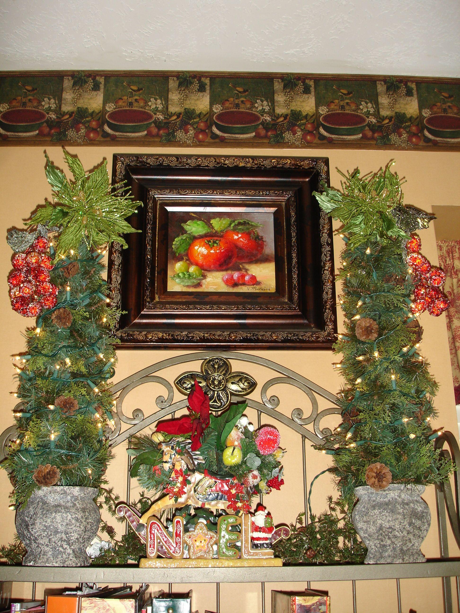 Baker S Rack Decor Bakers Rack Christmas Decorations
