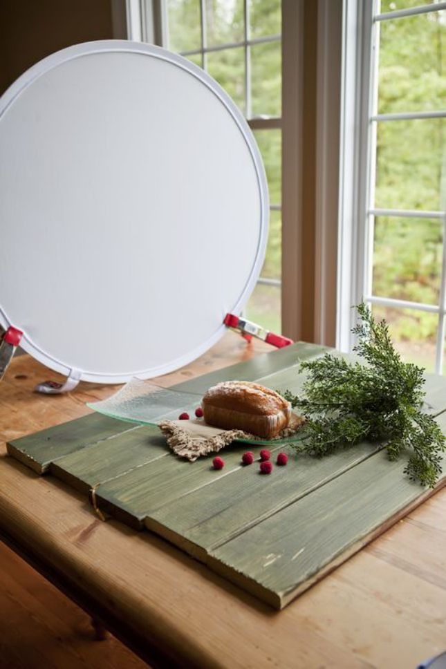 Snap! 10 Tabletop Photography Tips Everyone Should Know Use a collapsible bounce reflector to take pro pics.Use a collapsible bounce reflector to take pro pics.