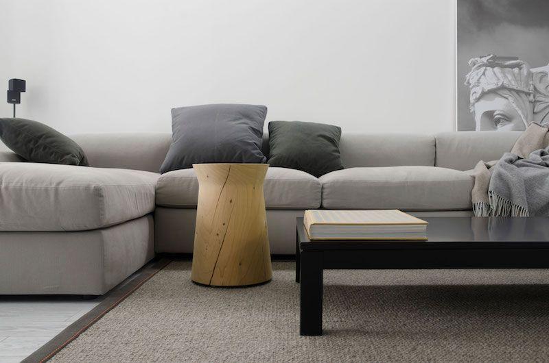Stilvolle Wohnung gibt Minimalismus einen gotischen Magnetismus