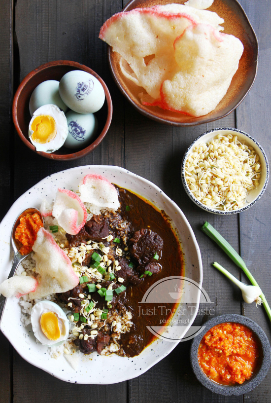 Rawon Indonesian Javanese Beef Stew With Pangium Seeds Resep Masakan Fotografi Makanan Resep Makanan Asia