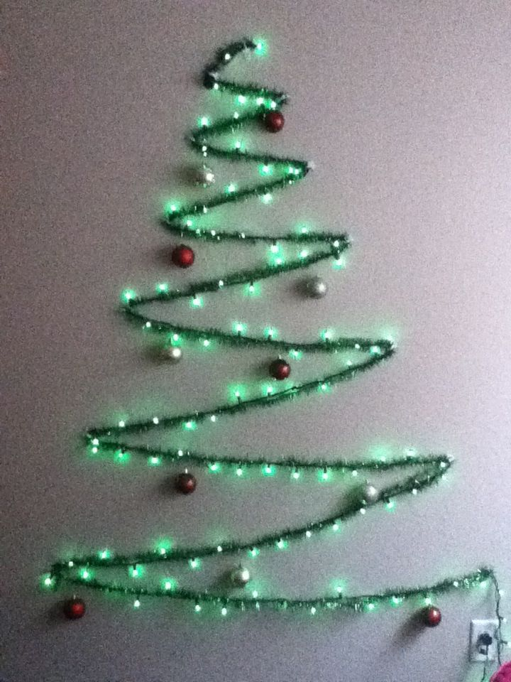 string light and garland wall christmas tree - How To String Lights On A Christmas Tree