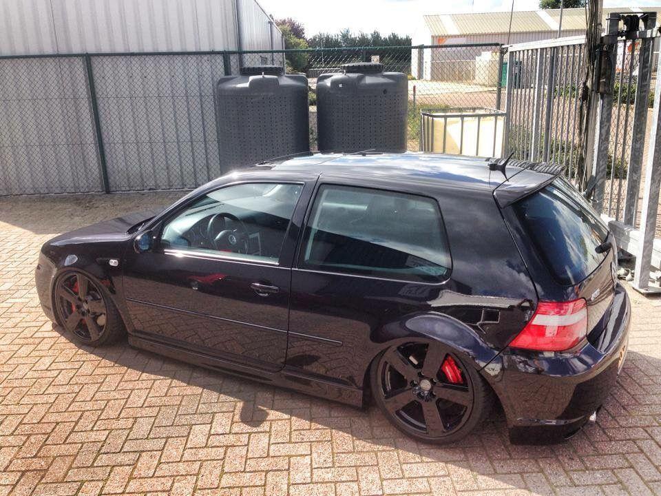 Volkswagen Golf Mk4 Modified Stance Slammed Black On Black Accuair Volkswagen Volkswagen Golf Gti Vw Mk4