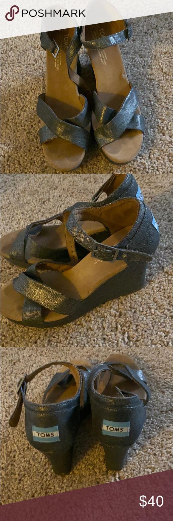 EUC Toms wedge sandals toms wedge sandals, metallic gray, 7..5, Toms Shoes Sandals #tomwedges EUC Toms wedge sandals toms wedge sandals, metallic gray, 7..5, Toms Shoes Sandals #tomwedges