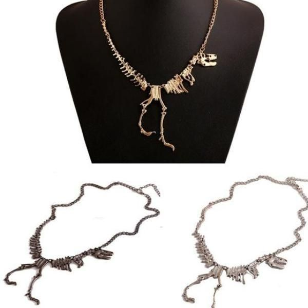 Awesome Big Tyrannosaurus Rex Skeleton Necklace We Love Dinosaurs Gold Silver And Black Colors Tyrannosaurus Rex Skeleton Tyrannosaurus Rex Tyrannosaurus