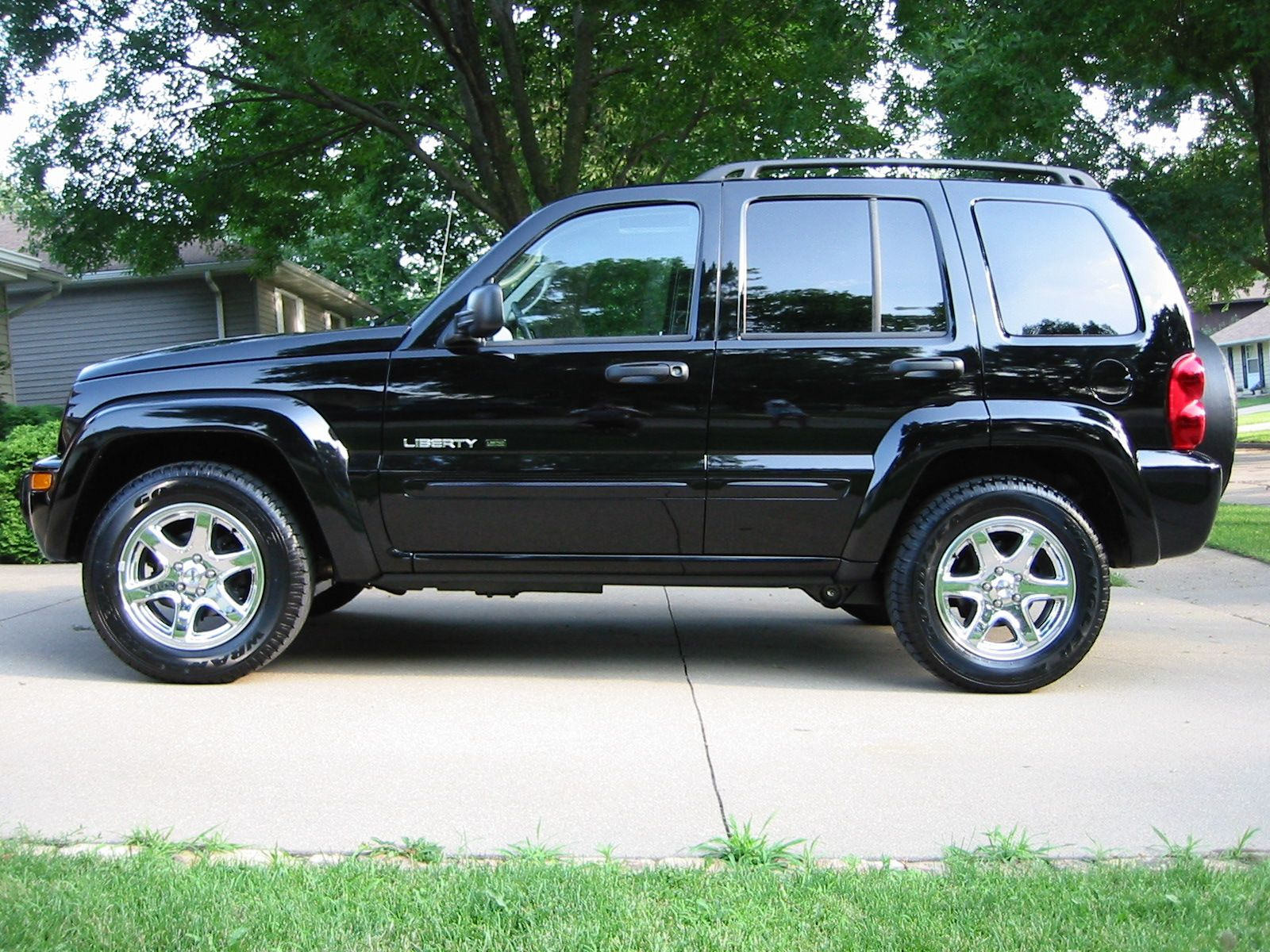 2003 jeep liberty limited the first suv that i owned all on my own