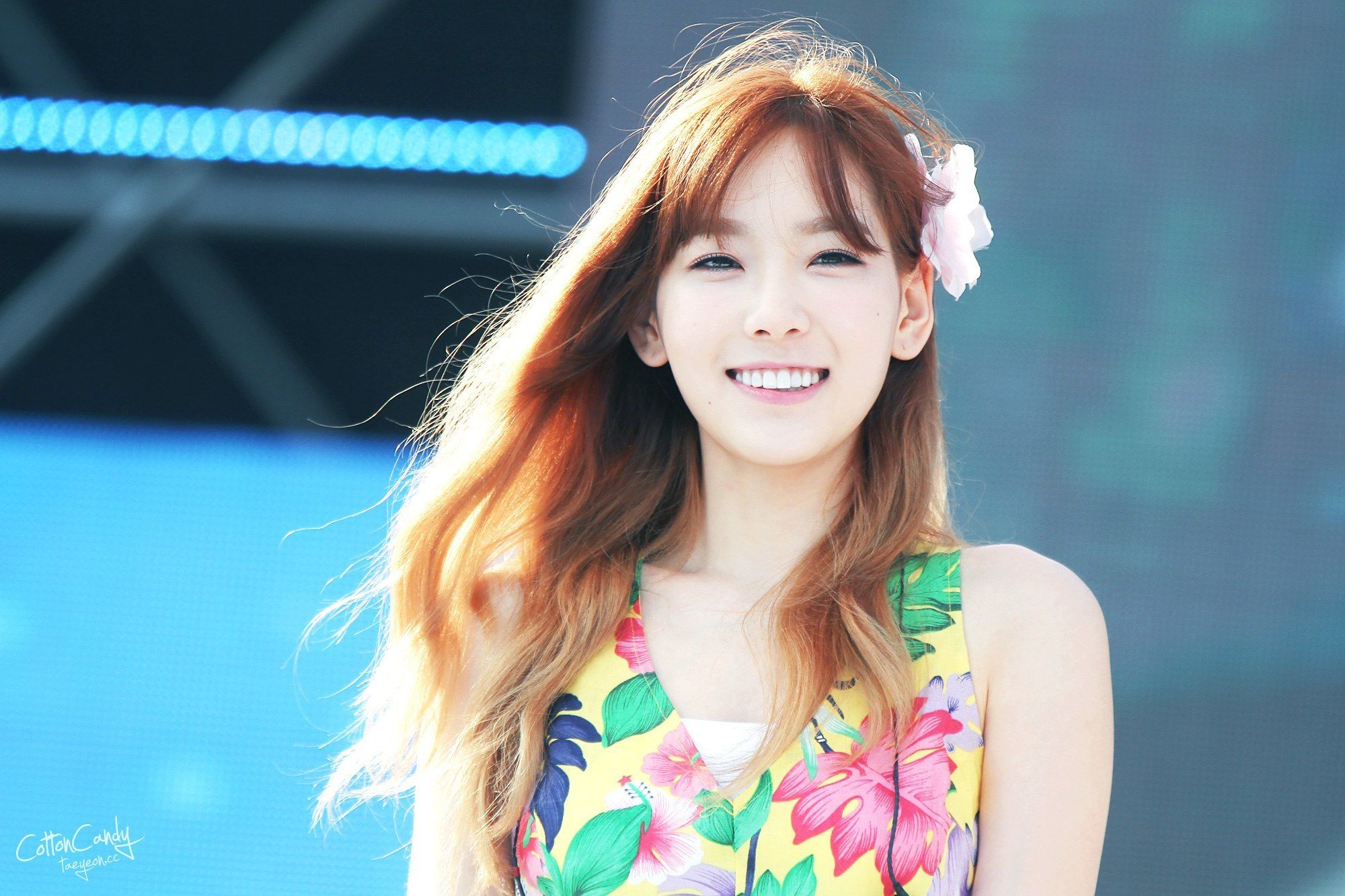 These 12 Before Photos Of Idols Teeth Will Leave Your Jaw Hanging Taeyeon Kpop Girls Girls Generation