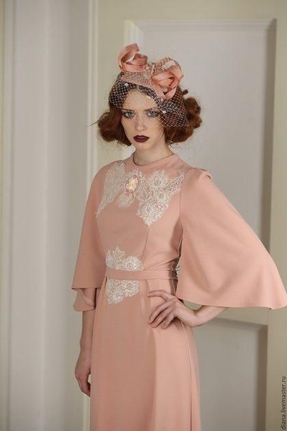 892f08d0d70 Купить или заказать Платье цвета пудры с рукавом в интернет-магазине на  Ярмарке Мастеров.