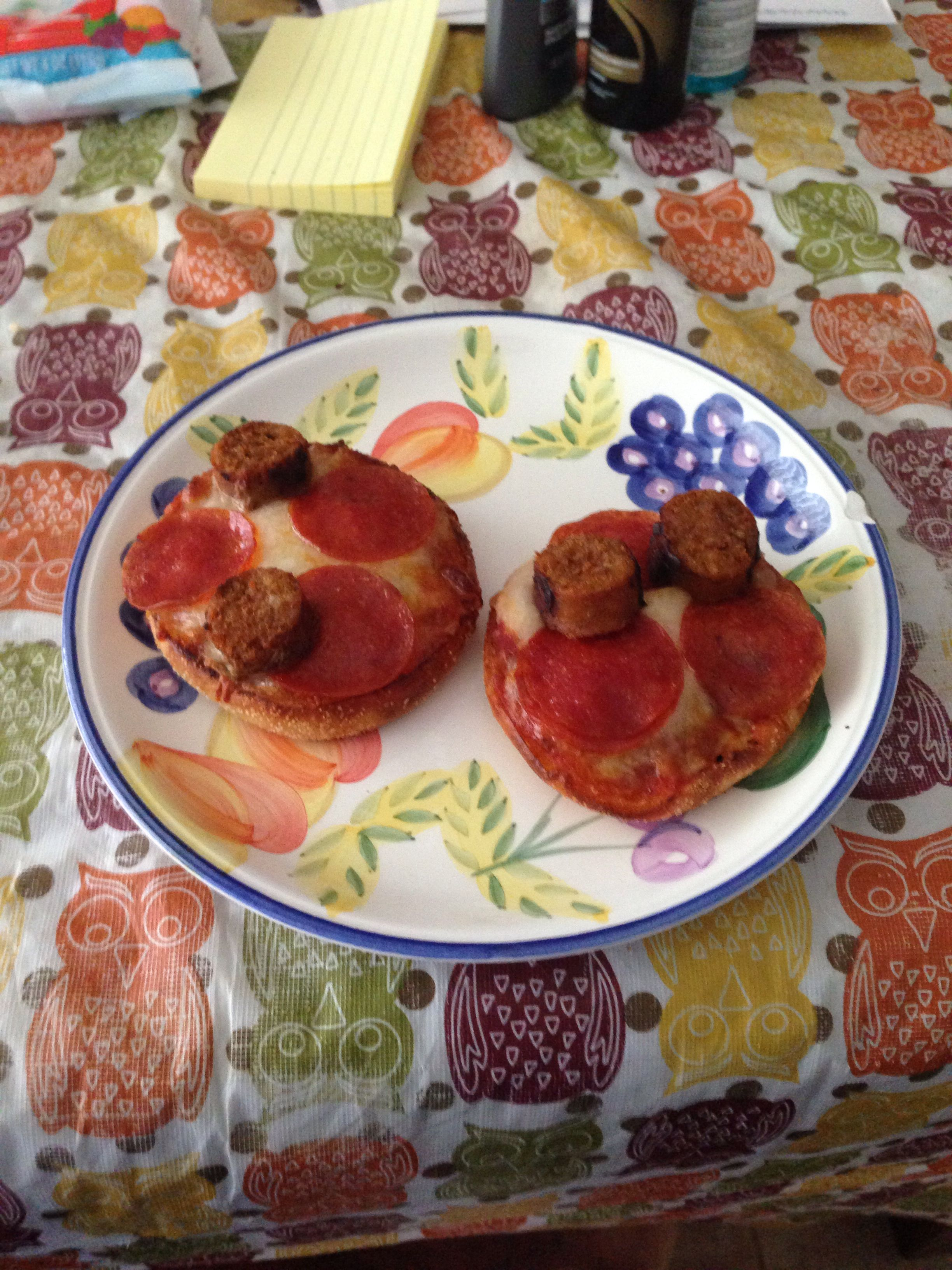 Made some English muffin pizzas today for Aldela & me!!