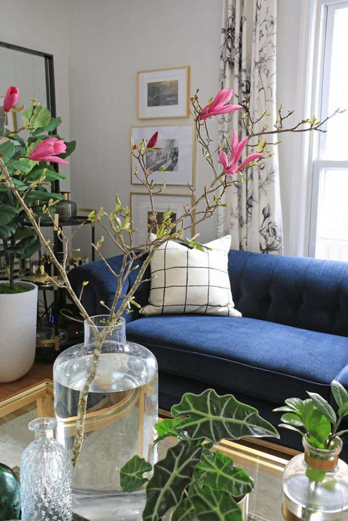 See a snapshot of blogger Ursula Carmona's stunning summer home tour | Home Made by Carmona #hometour #summerhometour