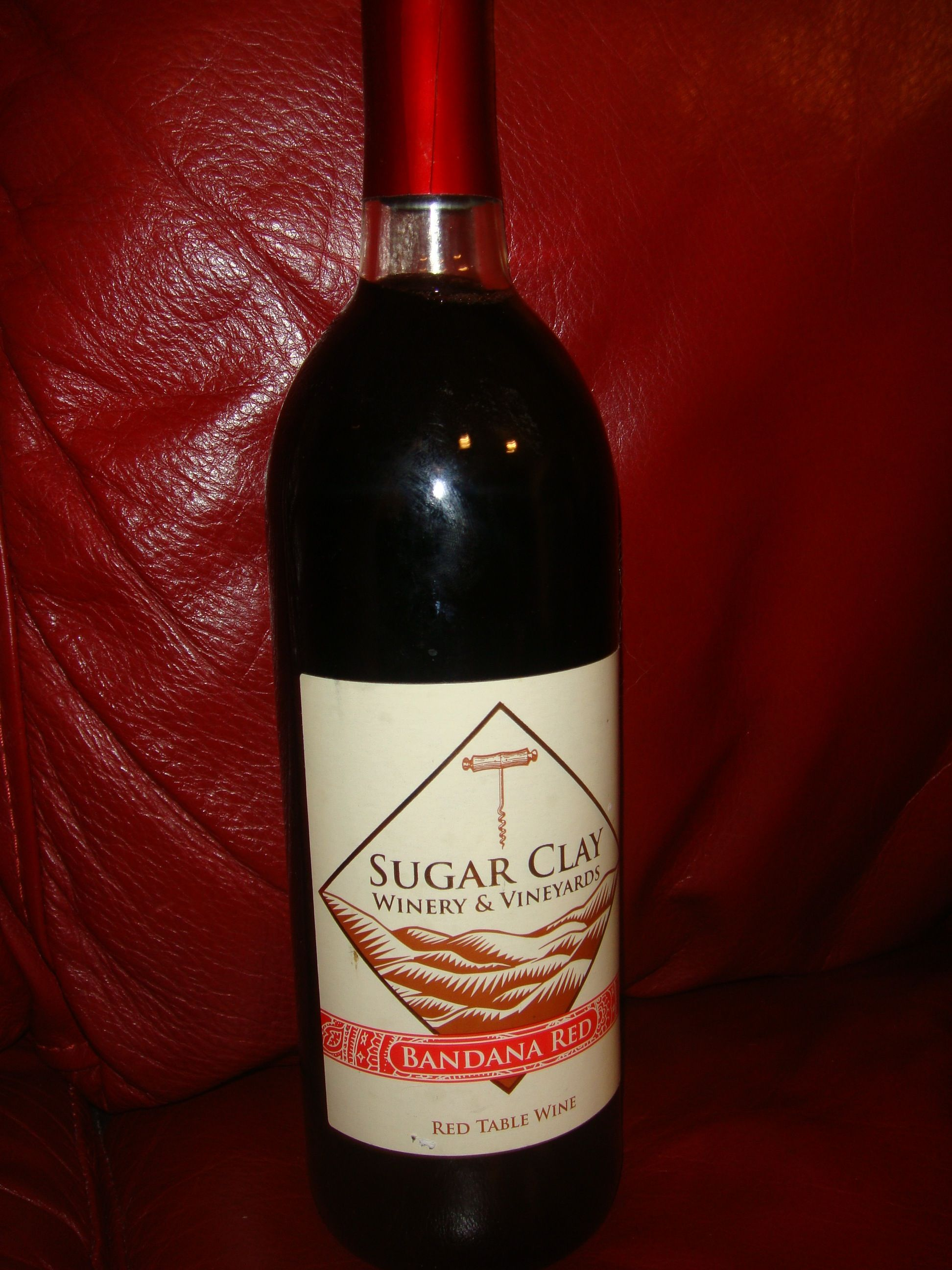 Bandana Red Table Wine By Sugar Clay Winery Vineyards In Thurman Ia Wine Wine Table Wine Bottle