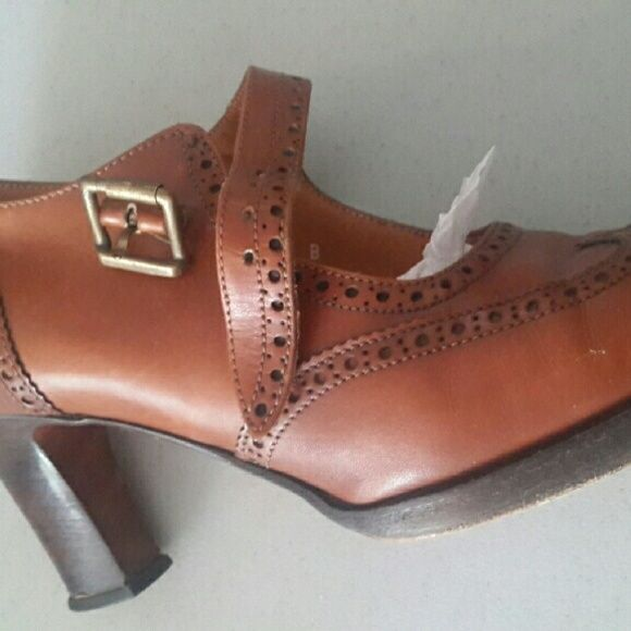 Heels ralph lauren limited edition Vintage  style made in italy excellent condition Ralph Lauren Shoes Heels