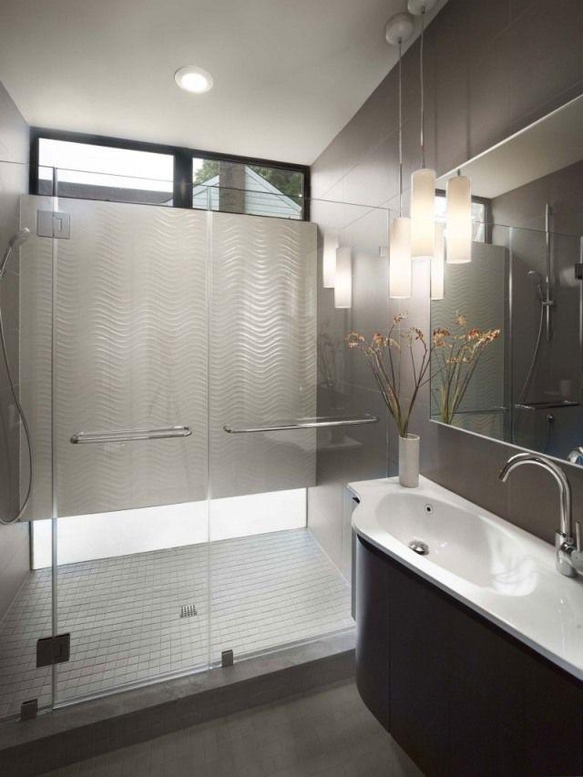 badezimmer begehbare duschkabine-hängelampen led-indirekt