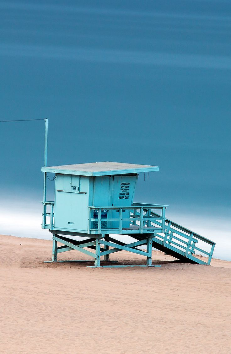 bfa0ae36d3f9 Venice Beach Lifeguard Tower