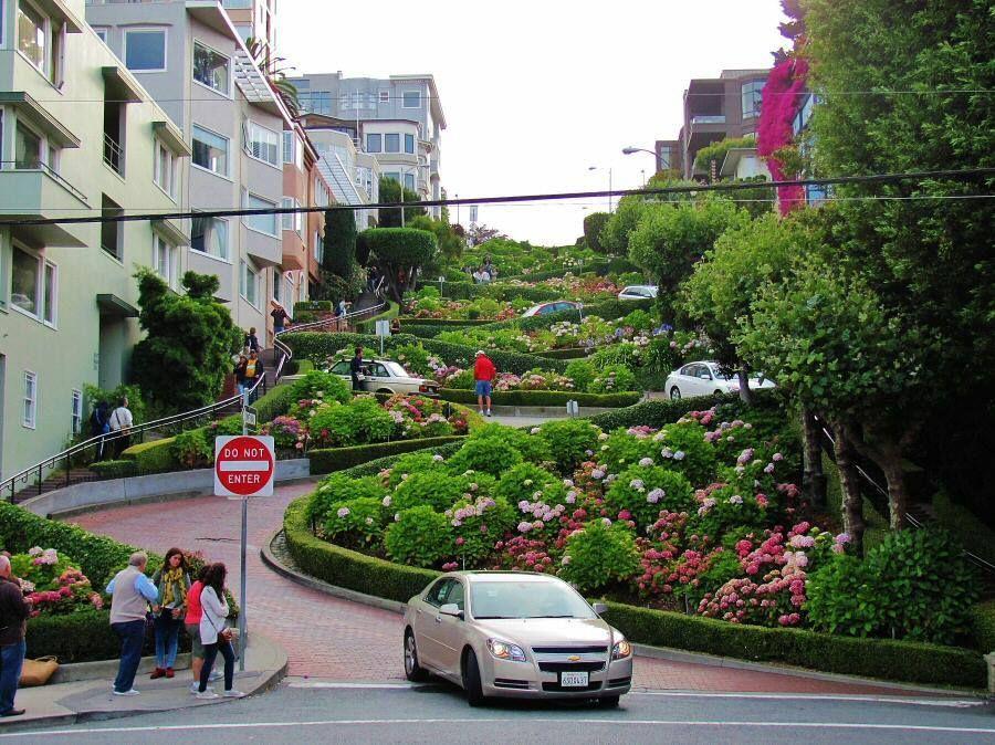 Las Famosas Cuestas De La Calle Lombard De San Francisco Calle Lombard Calle San Francisco