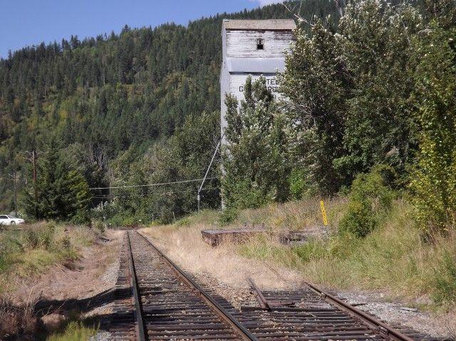 Grain elevator Wynndel BC
