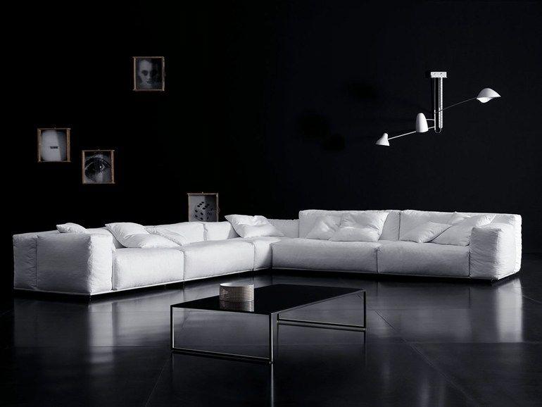 Divani divano angolare by pianca tiraboschi divani for Divani bianchi moderni