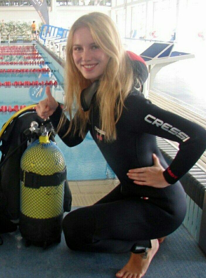 34007ea99875 Best Scuba Diving, Women's Diving, Scuba Diving Gear, Diving Lessons, Scuba  Girl