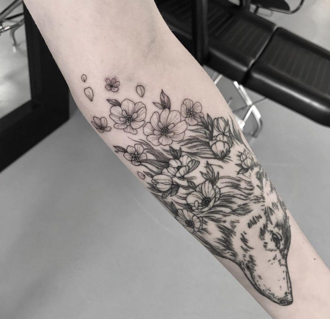 Pin by Alli on Tattoos Feminine tattoos, Snake tattoo
