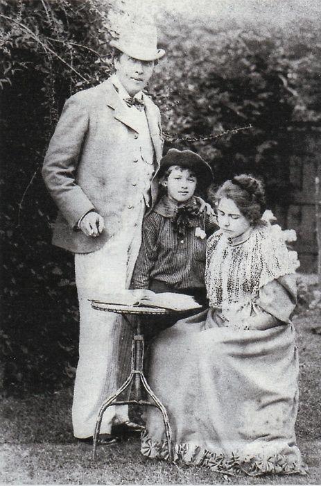 Oscar Wilde e família.