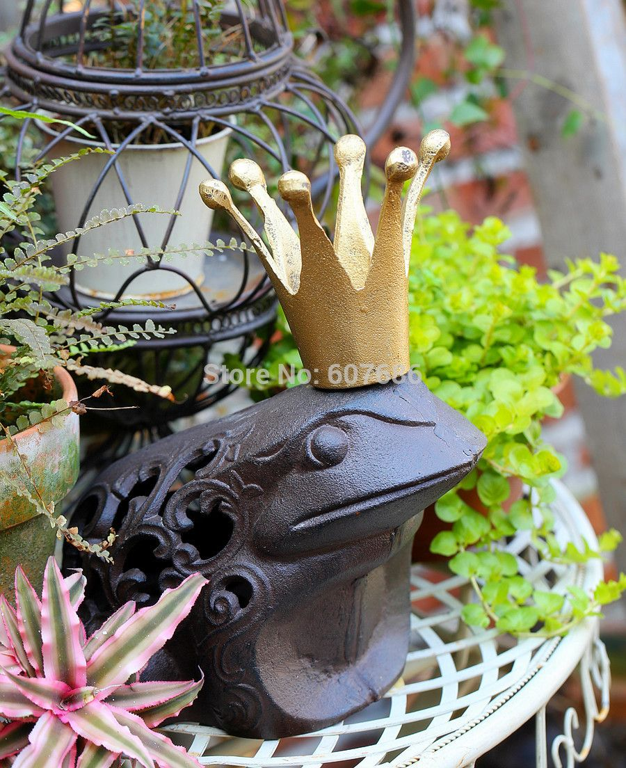 Cast Iron Frog PRINCE CHARMING Brown Rustic King Toad with Golden