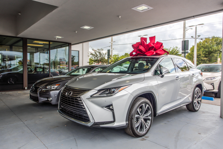 carsguide lexus is reviews hybrid sedan