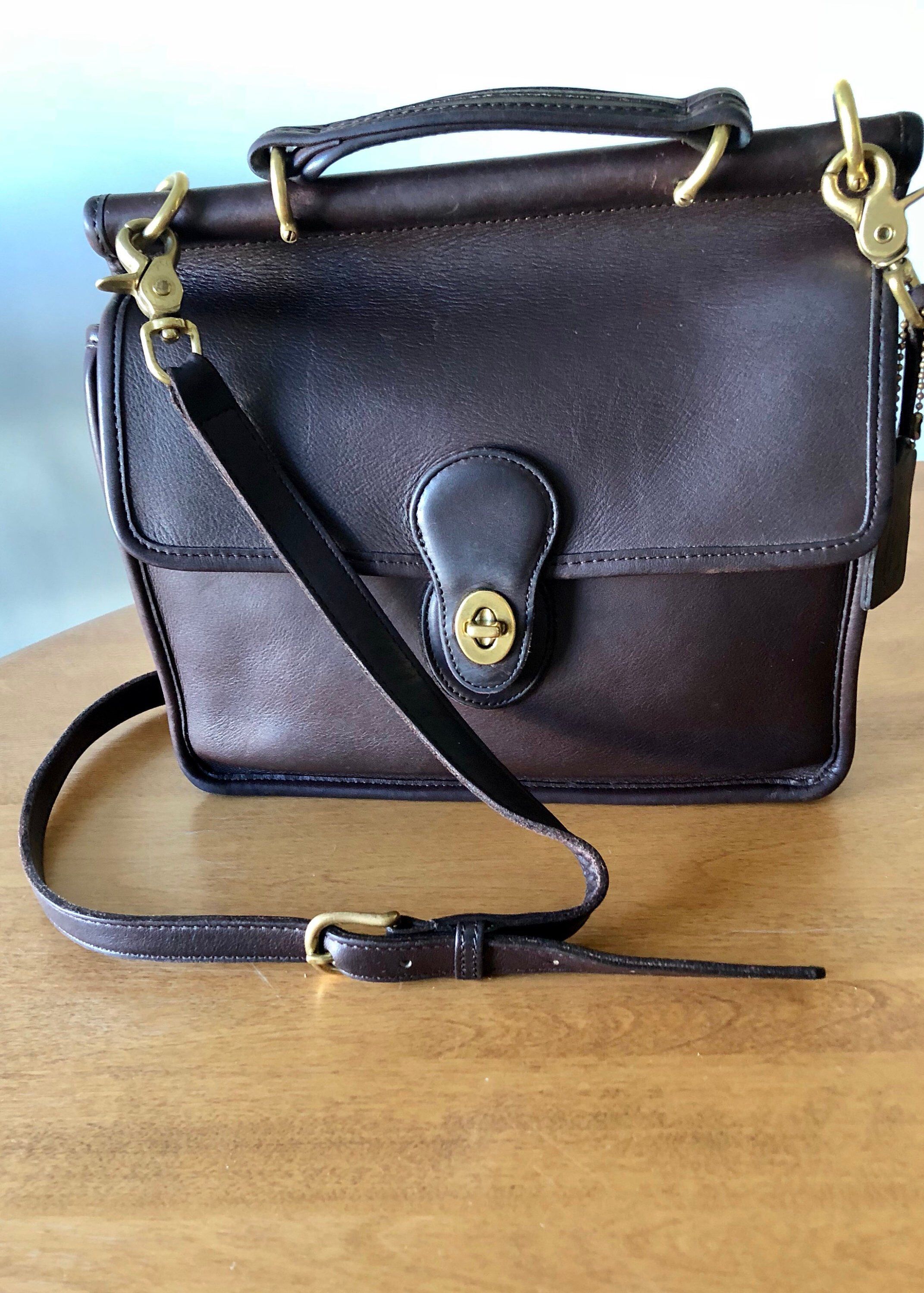 various colors special for shoe the latest Coach Bag Vintage Willis Station Messenger in Dark Brown ...