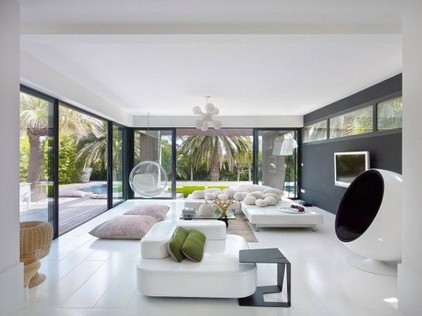 Playfully Modern, Pleasantly Colorful and Beautifully Landscaped Villa In Saint Raphael, France