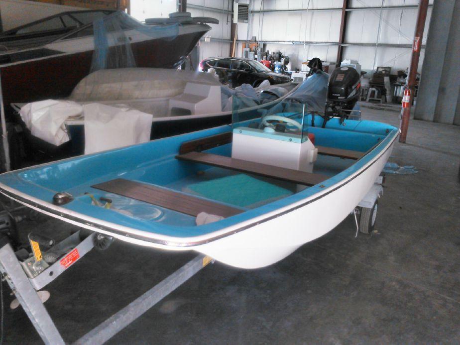 1971 Boston Whaler 13 Power Boat For Sale Boston Whaler Power Boats For Sale Boats For Sale