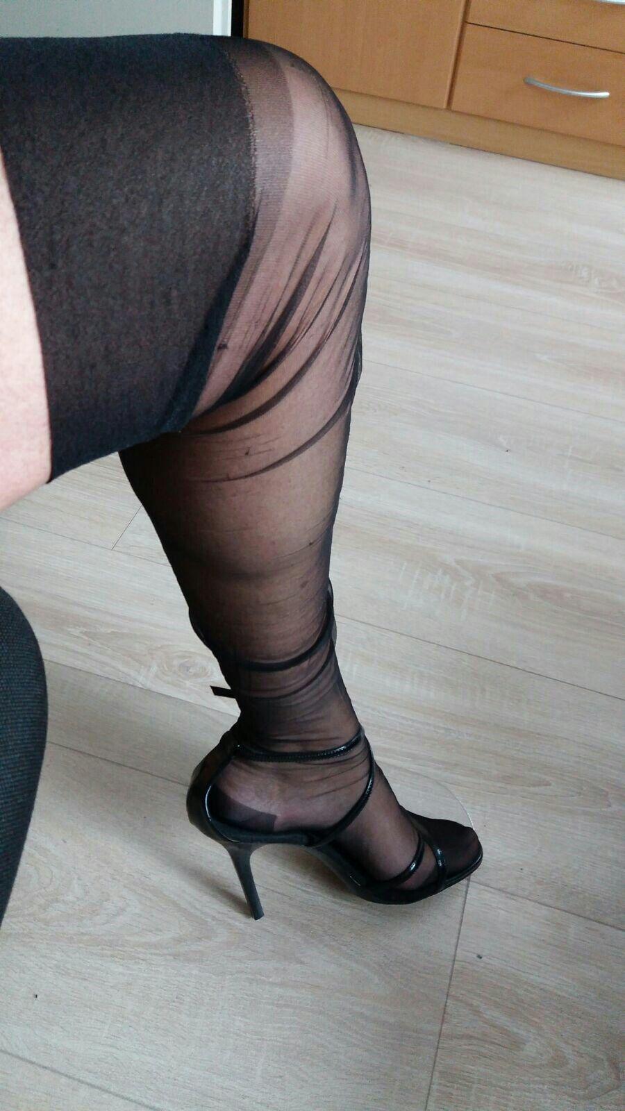 wrinkly stocking wrinkled stockings pinterest stockings nylon