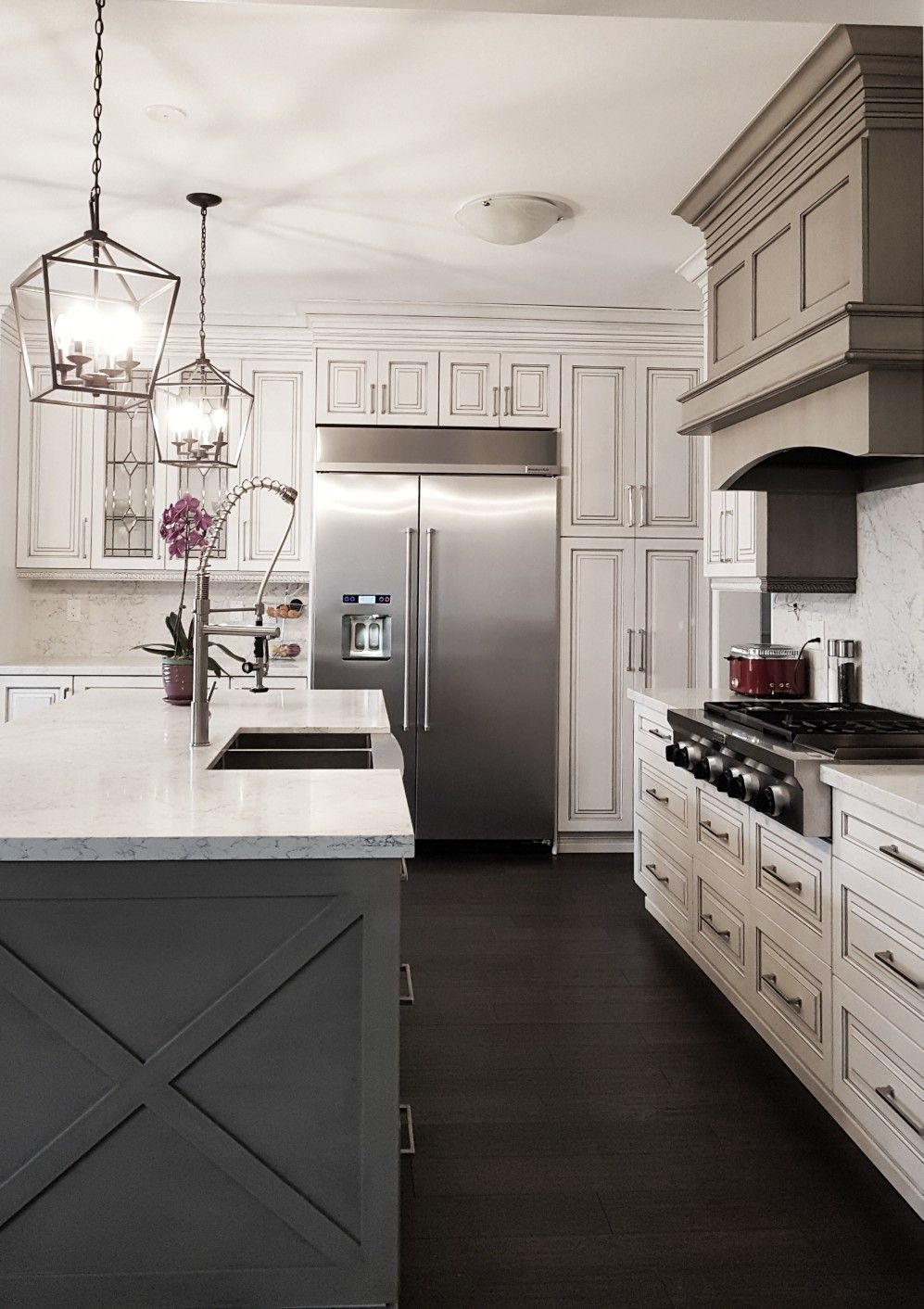 Better Living Custom Renovations Toronto Gta Mississauga Oakville Kitchen White Kitchen Better Living