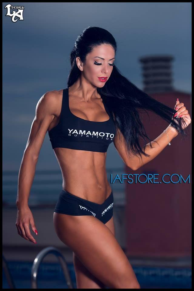 Simona Renzetti IFBB Bikini Beauties in Action!  #IAFSTORE #fitness #bikini #model