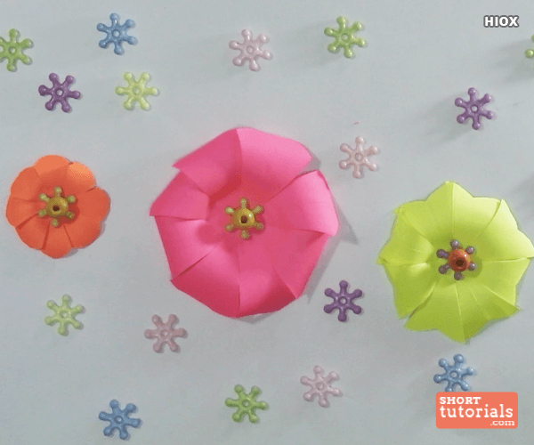 How to make paper flowers httpsshorttutorialshow to how to make paper flowers mightylinksfo