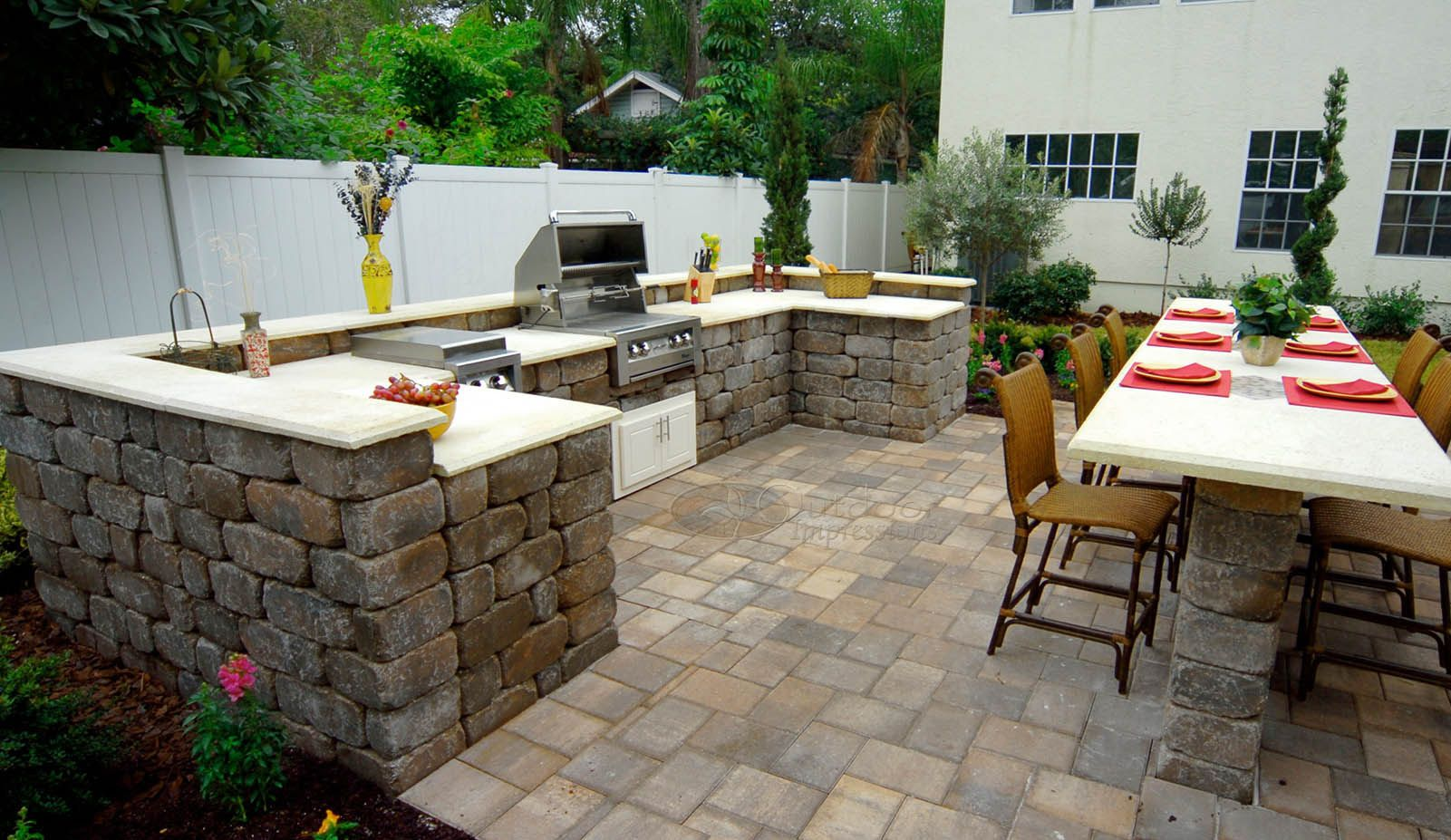 Tumbled keystone stonegate wall block outdoor kitchen for Outdoor kitchen wall ideas