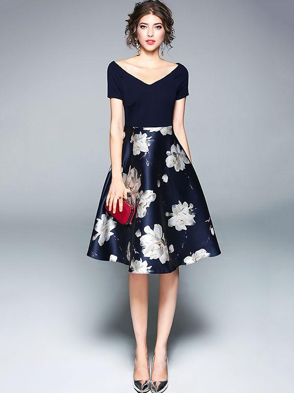 7b53d4678b Navy Blue V-neck Floral Printed Midi Dress