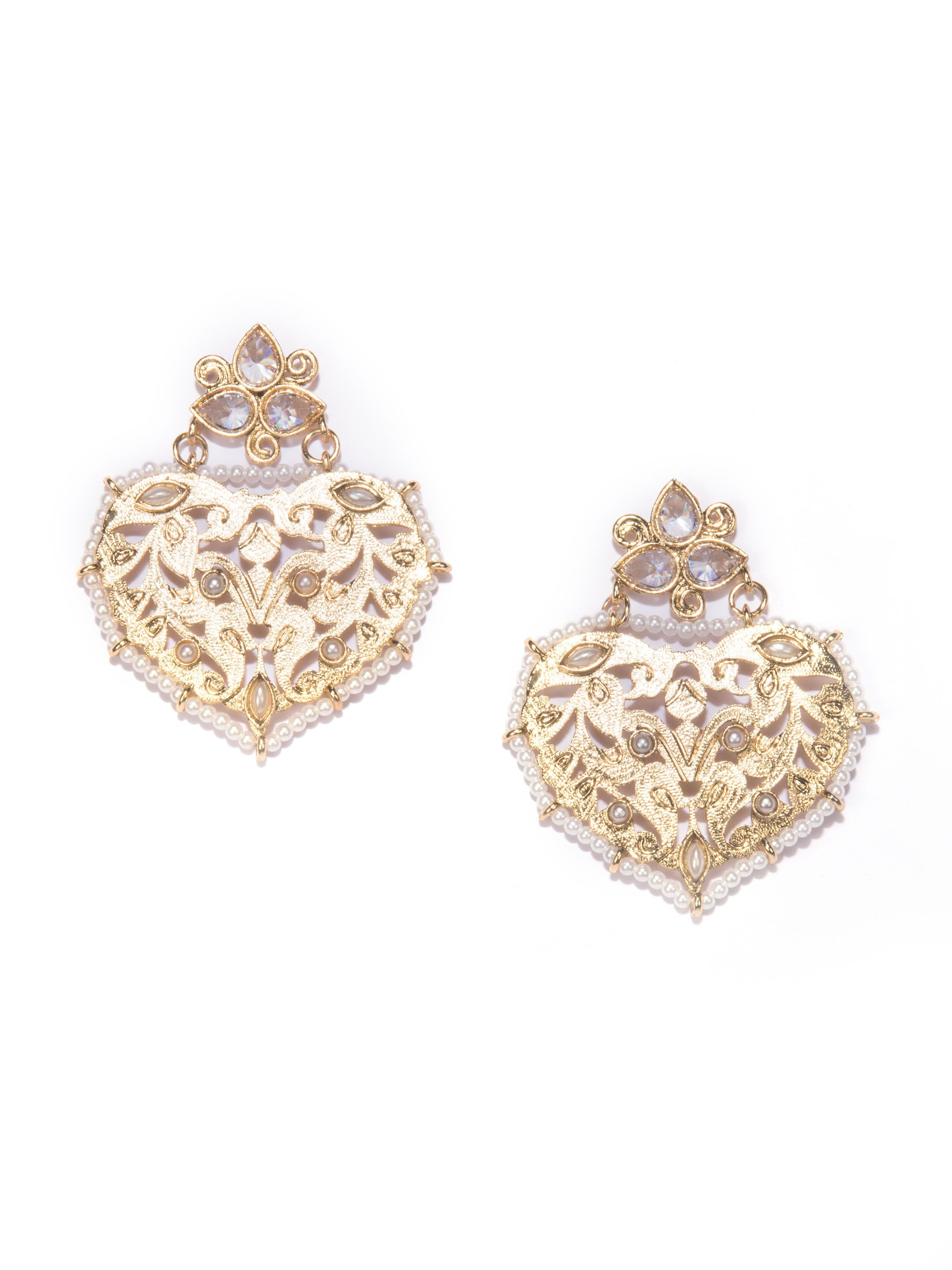 This beautiful gold earring has laser cut design with pearl edge ...