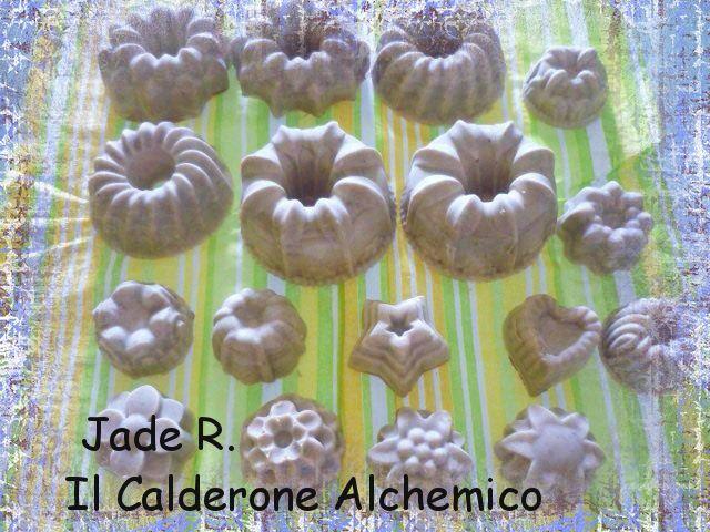 Il Calderone Alchemico Cosmesi Home Made: SAPONE PER PELLE DELICATA (Jade R.)