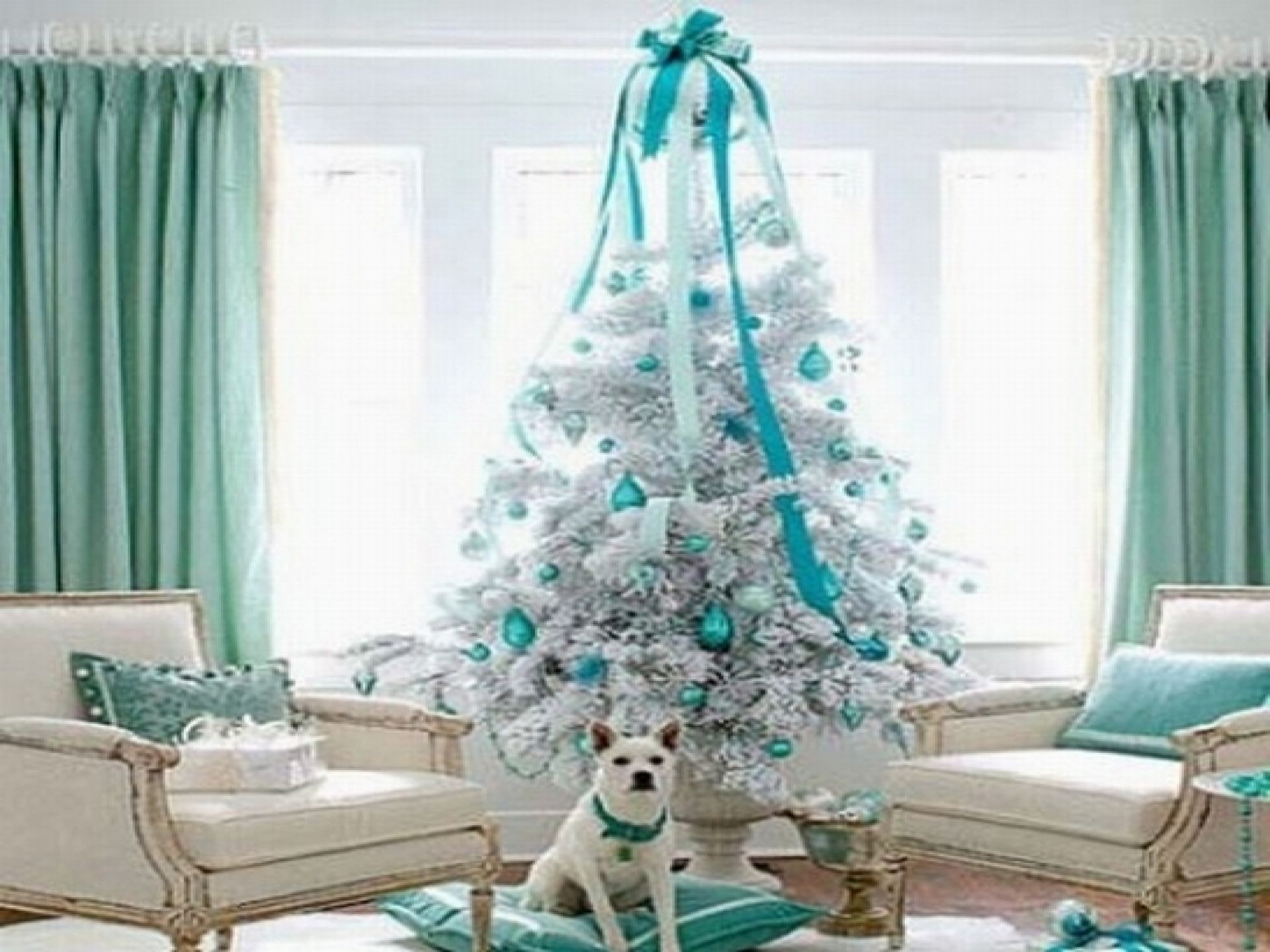 Blue christmas trees decorating ideas -  Decoration Blue And White Theme Of Luxury Living Room Available Awesome Christmas Tree With Blue And White Decorating Luxury Furniture White Sofa Blue