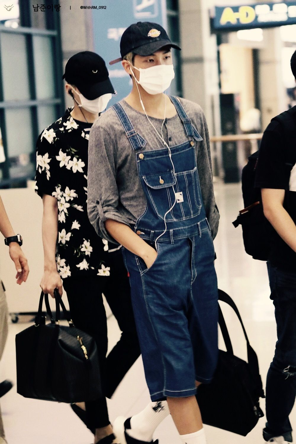 BTS || RAP MONSTER airport fashion - Literally he looks so cute in overalls ...